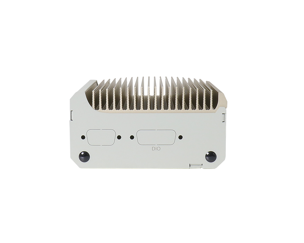 POC-400: Lüfterloser, ultrakompakter Embedded-Controller mit Intel® Elkhart Lake Atom™ E6425-CPU, 2.5GbE und PoE+